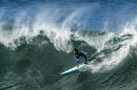 surfing in coogee beach