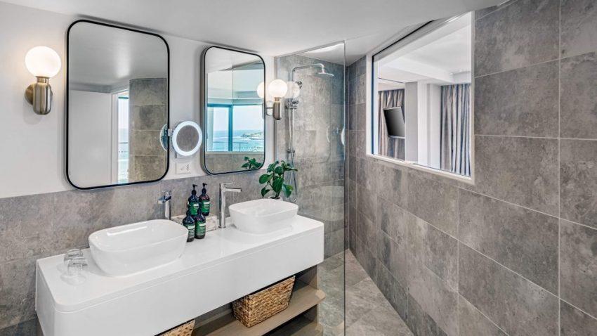 Reef Suite │ Crowne Plaza Sydney Coogee Beach