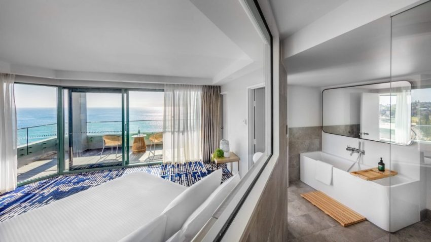 Reef Suite │ Crowne Plaza Sydney Coogee Beach
