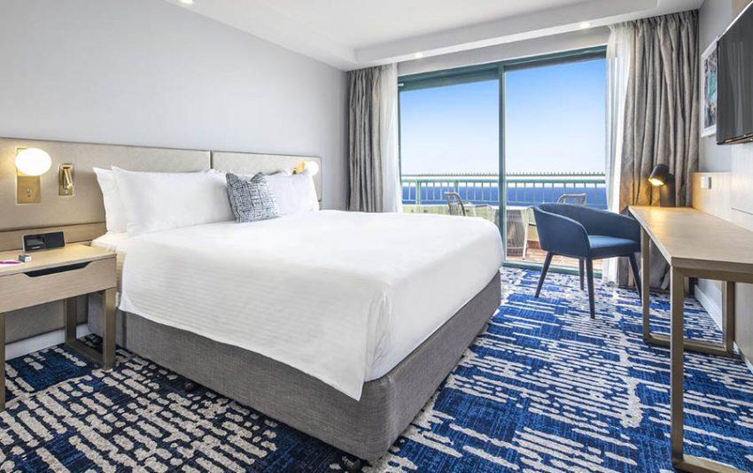 Seaside Suite │ Crowne Plaza Sydney Coogee Beach