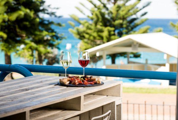 Wine_Oceans_Crowne Plaza Coogee Beach