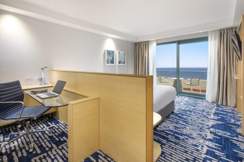 King Ocean Front Room   Crowne Plaza Sydney Coogee Beach