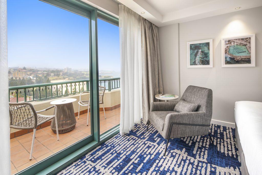 King Ocean View Room | Crowne Plaza Sydney Coogee Beach