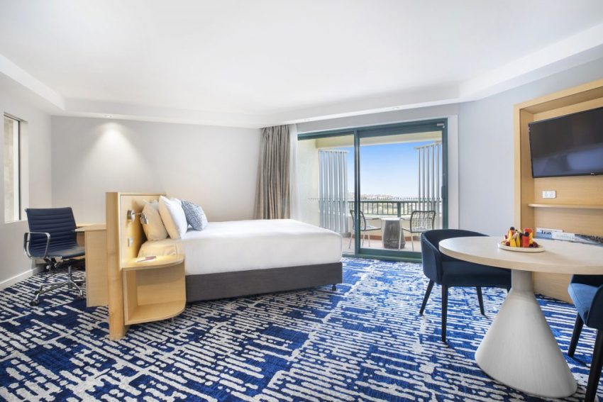 Ocean Front Suite   Crowne Plaza Sydney Coogee Beach