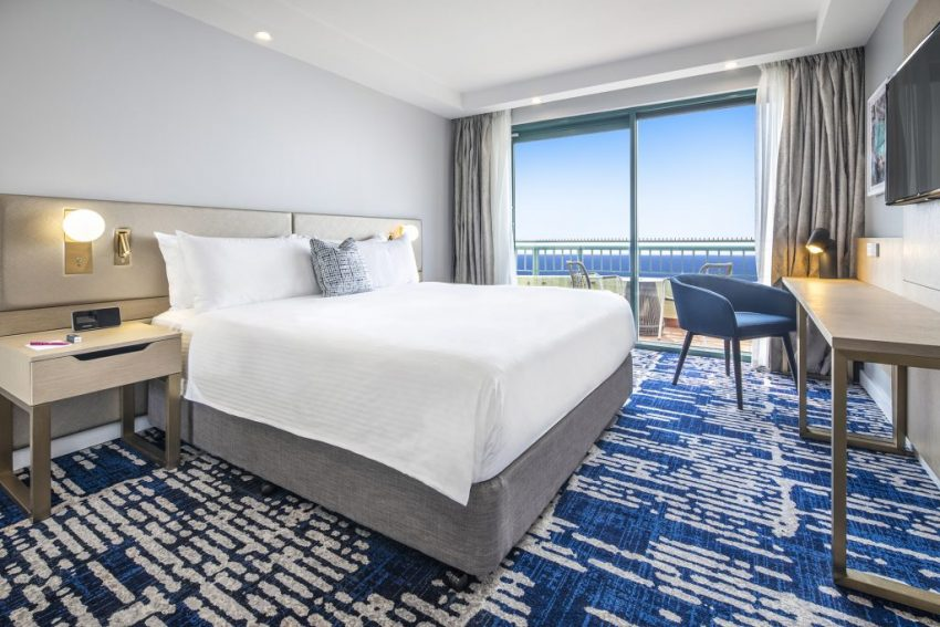 Seaside Suite | Crowne Plaza Sydney Coogee Beach
