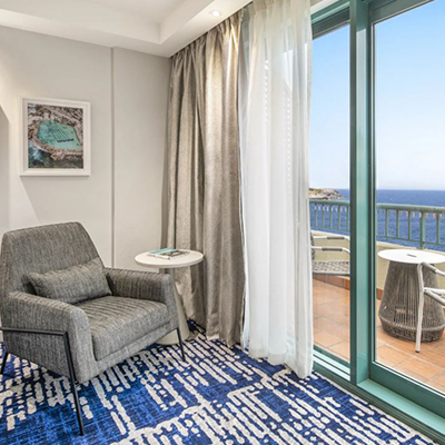 King Ocean Front Room │ Crowne Plaza Sydney Coogee Beach