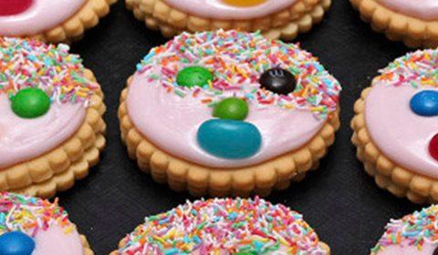 Cookie decorating school holiday activities