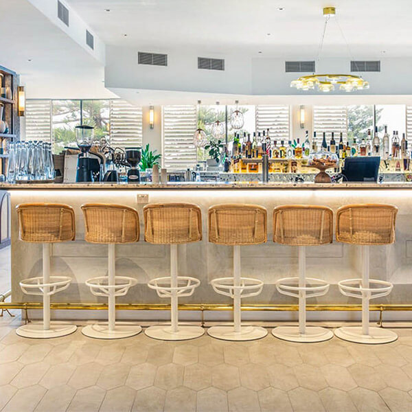 Shutters Restaurant and Bar at Crowne Plaza Sydney Coogee Beach