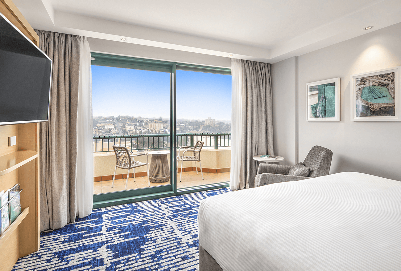 King Ocean View Room at Crowne Plaza Sydney Coogee Beach