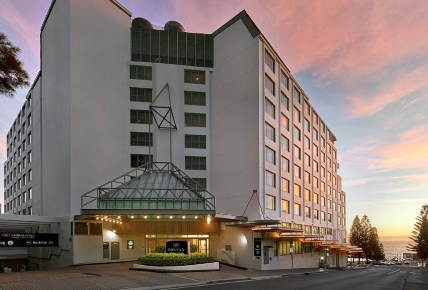Exterior entrance to Crowne Plaza Sydney Coogee Beach